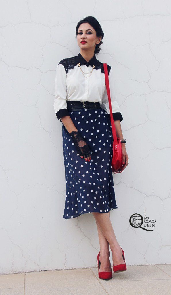 #VintageLook #ootd #Redlips #vinatgehairstyle #polkadots #lace #vintage #fashionblog #lookoftheday #indianfashionblog #outfitinspiration