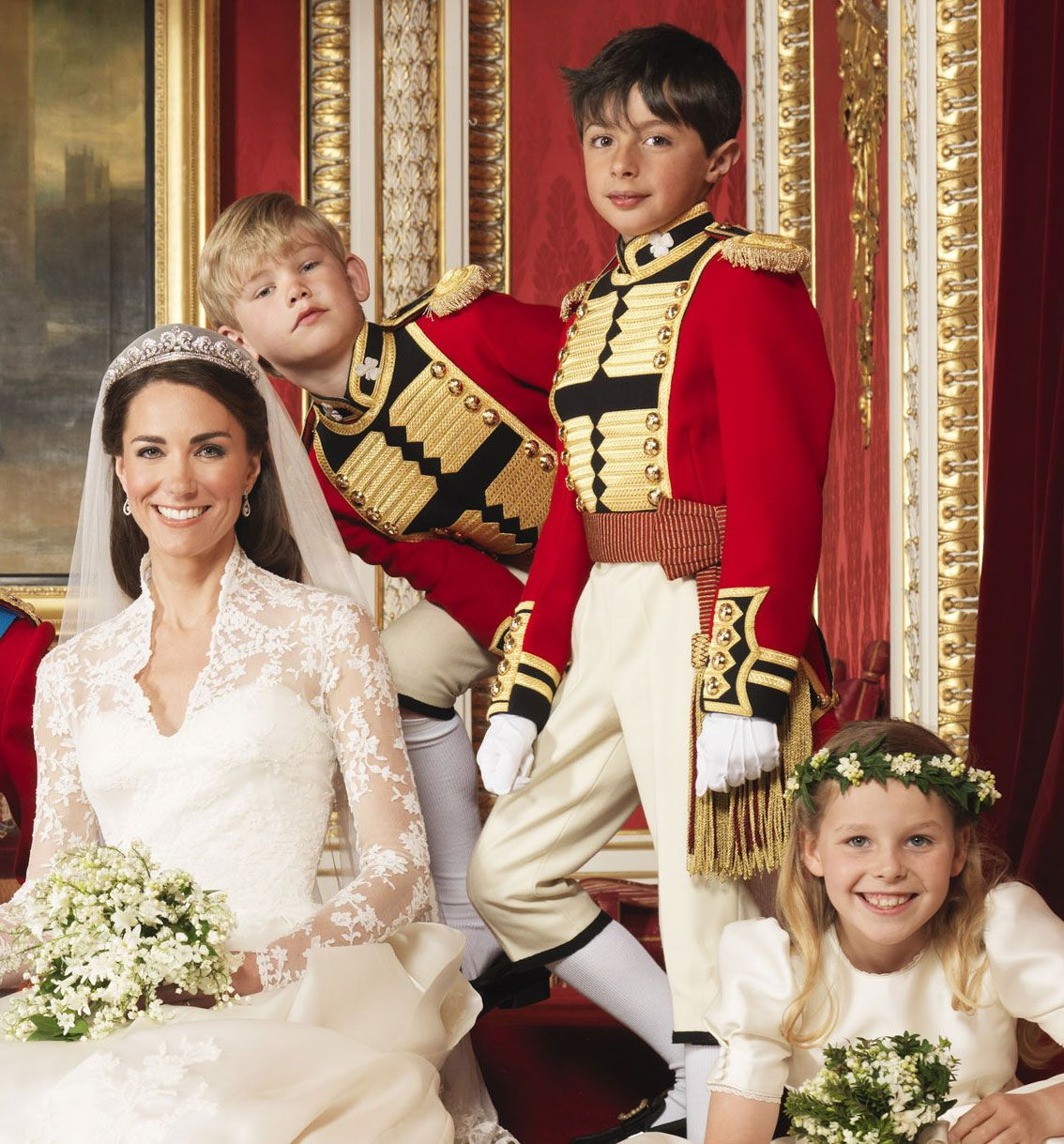 Celebrity Entertainment See Kate Middleton And Prince William S Official Wedding Portraits Middleton Wedding Princess Kate William Kate Wedding