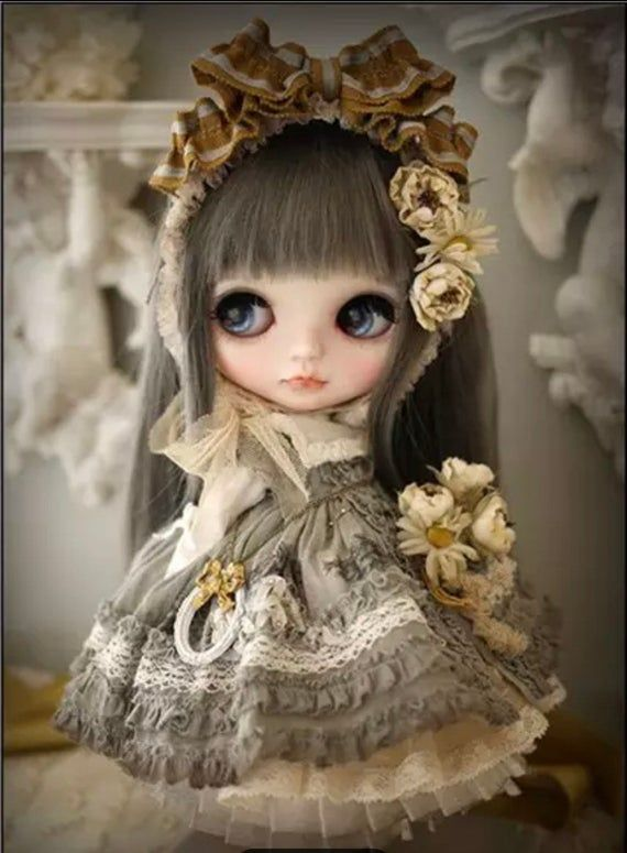 US Seller. 40x30cm Vintage Inspired Doll, Anime, Victorian, Gothic Diamond Painting Kit. Round drills, Full Drills, Fast S&H