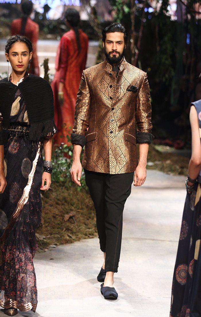 Tarun Tahiliani and Amit Aggarwal at Amazon India Fashion