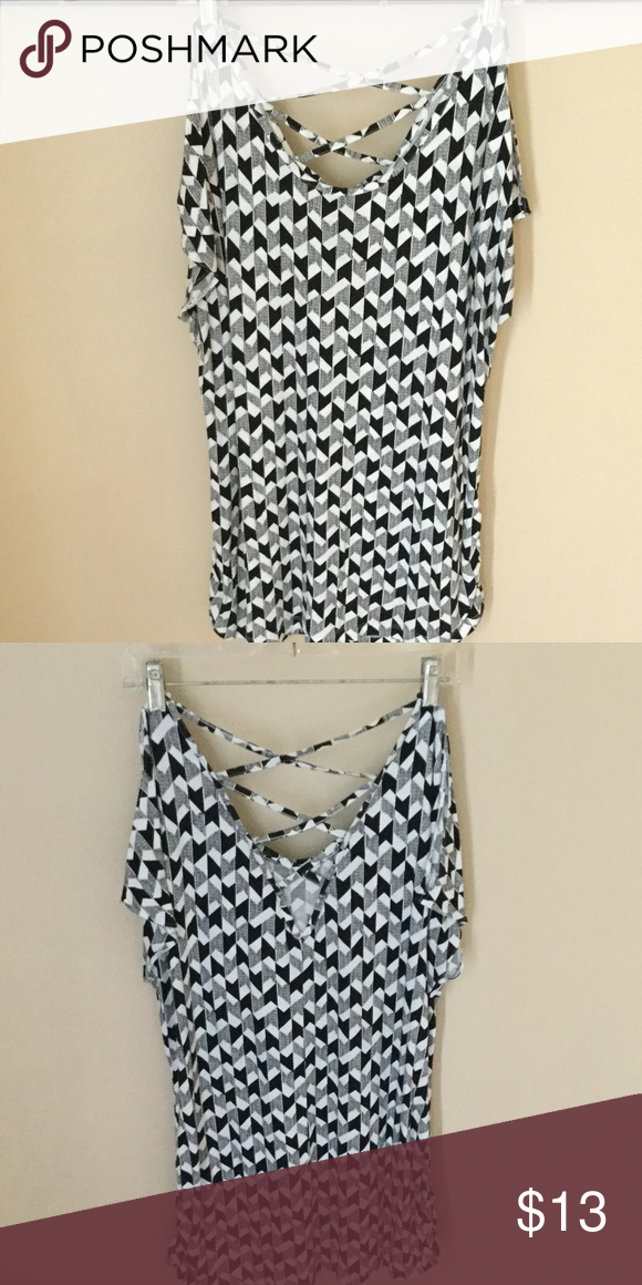 Blouse It's short sleeved crossings on back great used shape no stains. a.n.a Tops Blouses