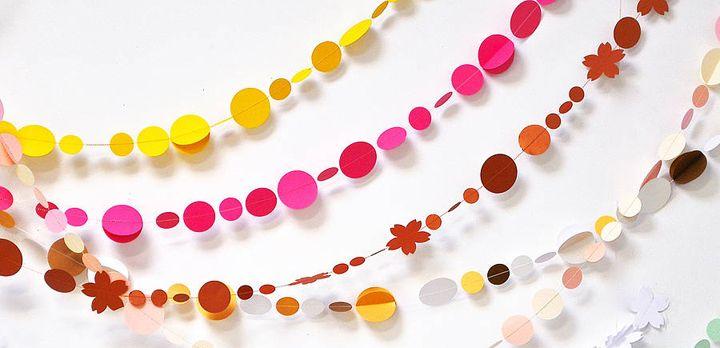 como hacer guirnaldas y pompones de papel para una fiesta - Como Hacer Una Guirnalda