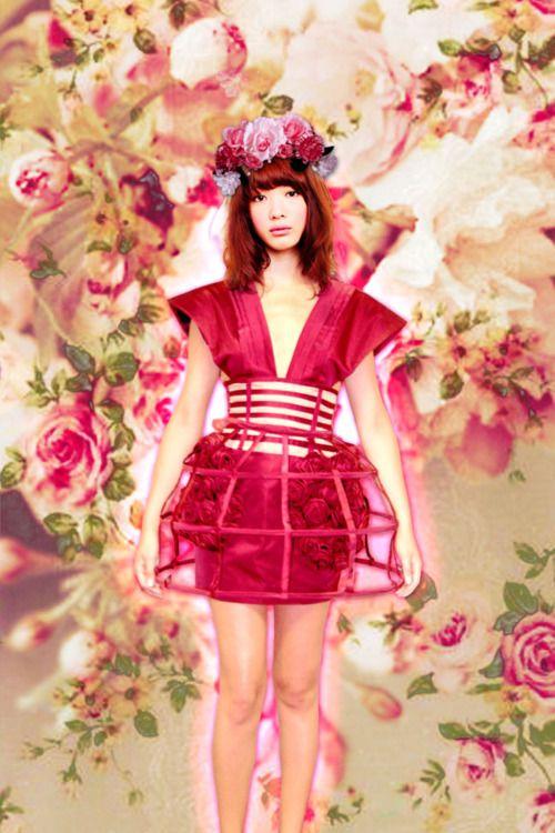 modern geisha outfit!
