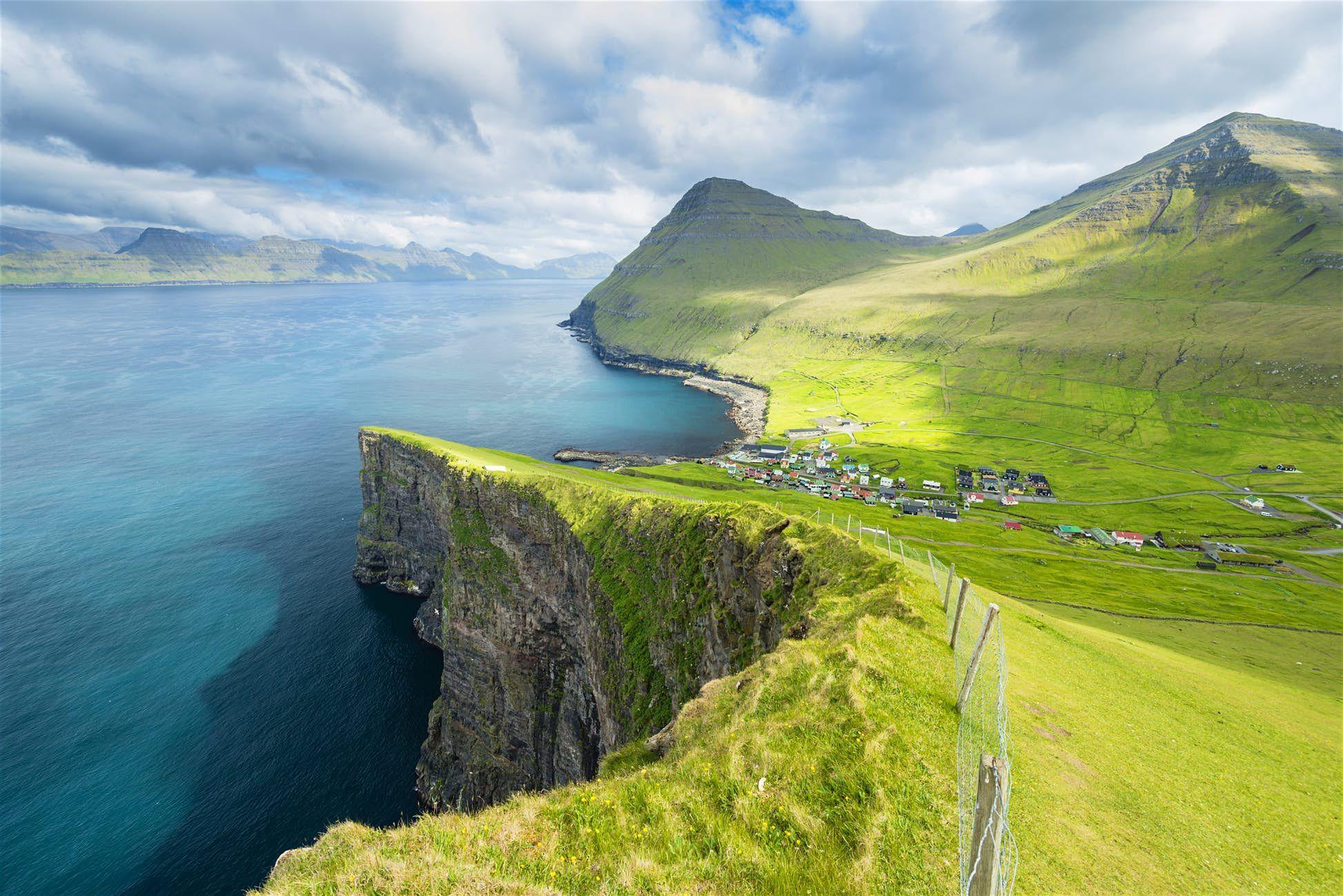 Direct flights from the Faroe Islands to London in 2020 | Visit faroe ...