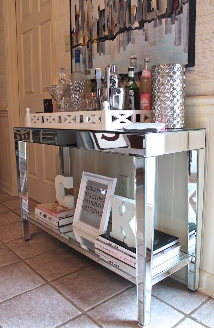Carrie Bradshaw Lied Mirrored Console Table