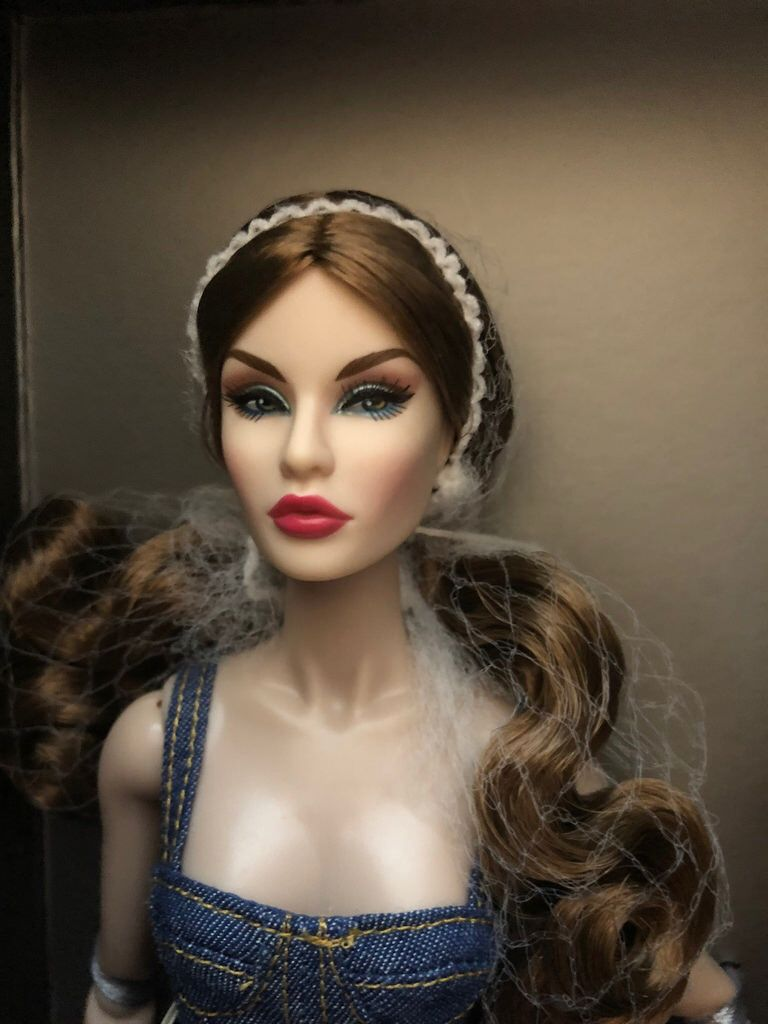 Juguetes Fine Fashion Royalty Doll Head Integrity Toys