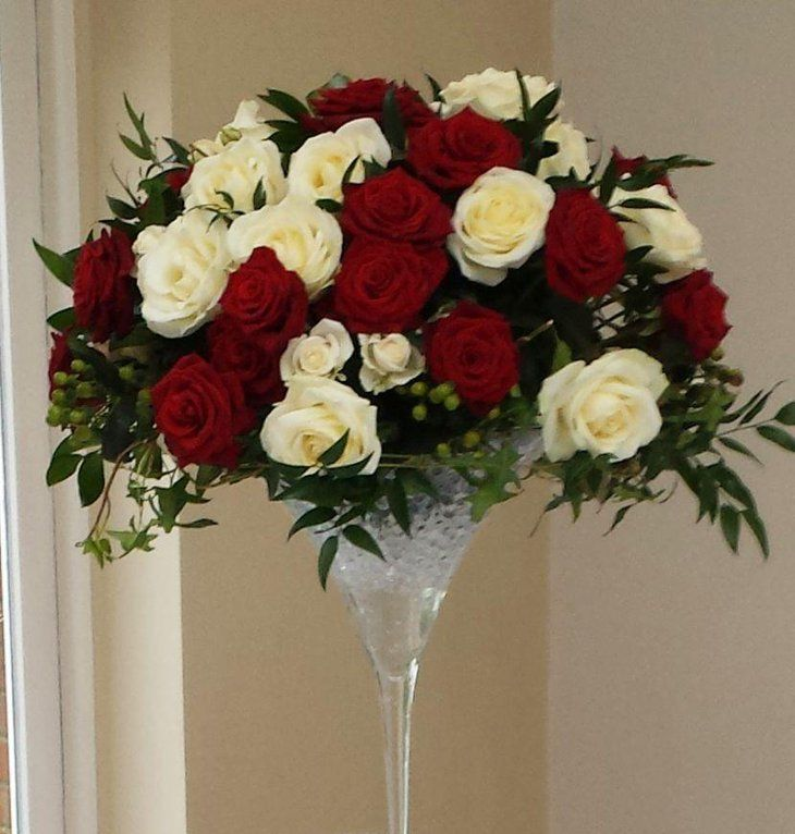 Flower Table Arrangements For Weddings: Martini Glass Decorated With Red And White Roses