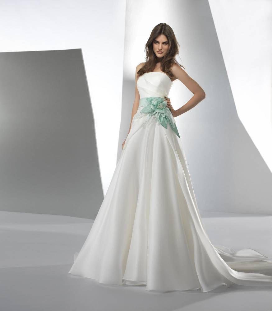 Vestiti Da Sposa Tiffany.Valentini Spose Gown Colour Tiffany Green And Belt Abiti Da