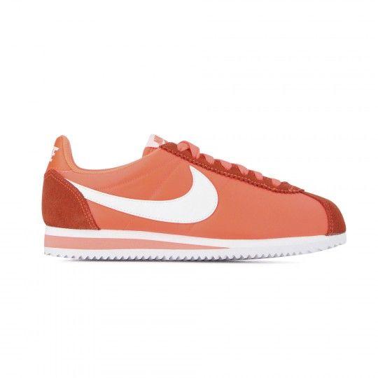 purchase cheap c7937 8aba8 Nike Cortez dispo sur courir.com. Nike Cortez dispo sur courir.com Chaussures  Femme ...