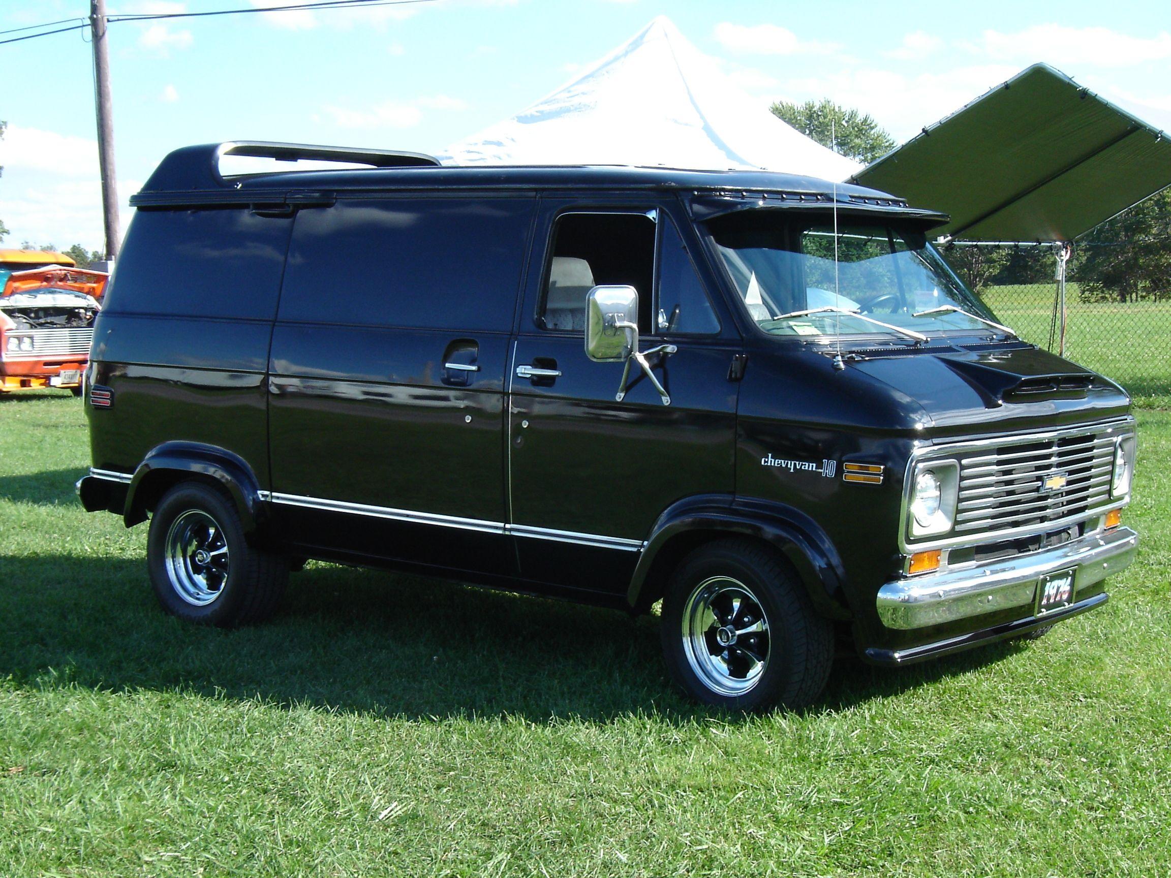 radarlovevan 39 s 1976 chevrolet g series g10 in slippery rock pa custom chevy vans 1971 96. Black Bedroom Furniture Sets. Home Design Ideas