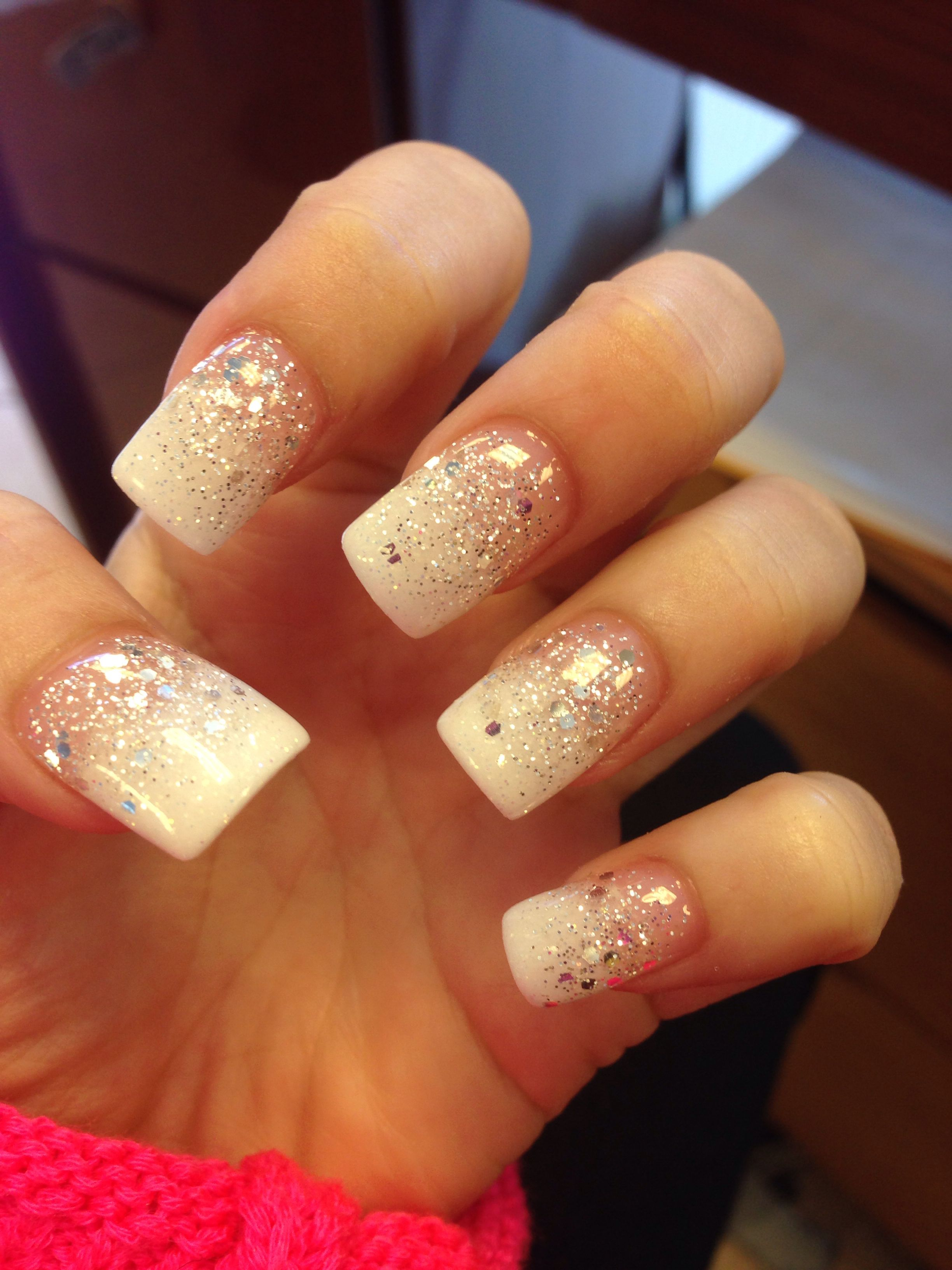 Glitter Nail Trends: White Glitter Faded Nail