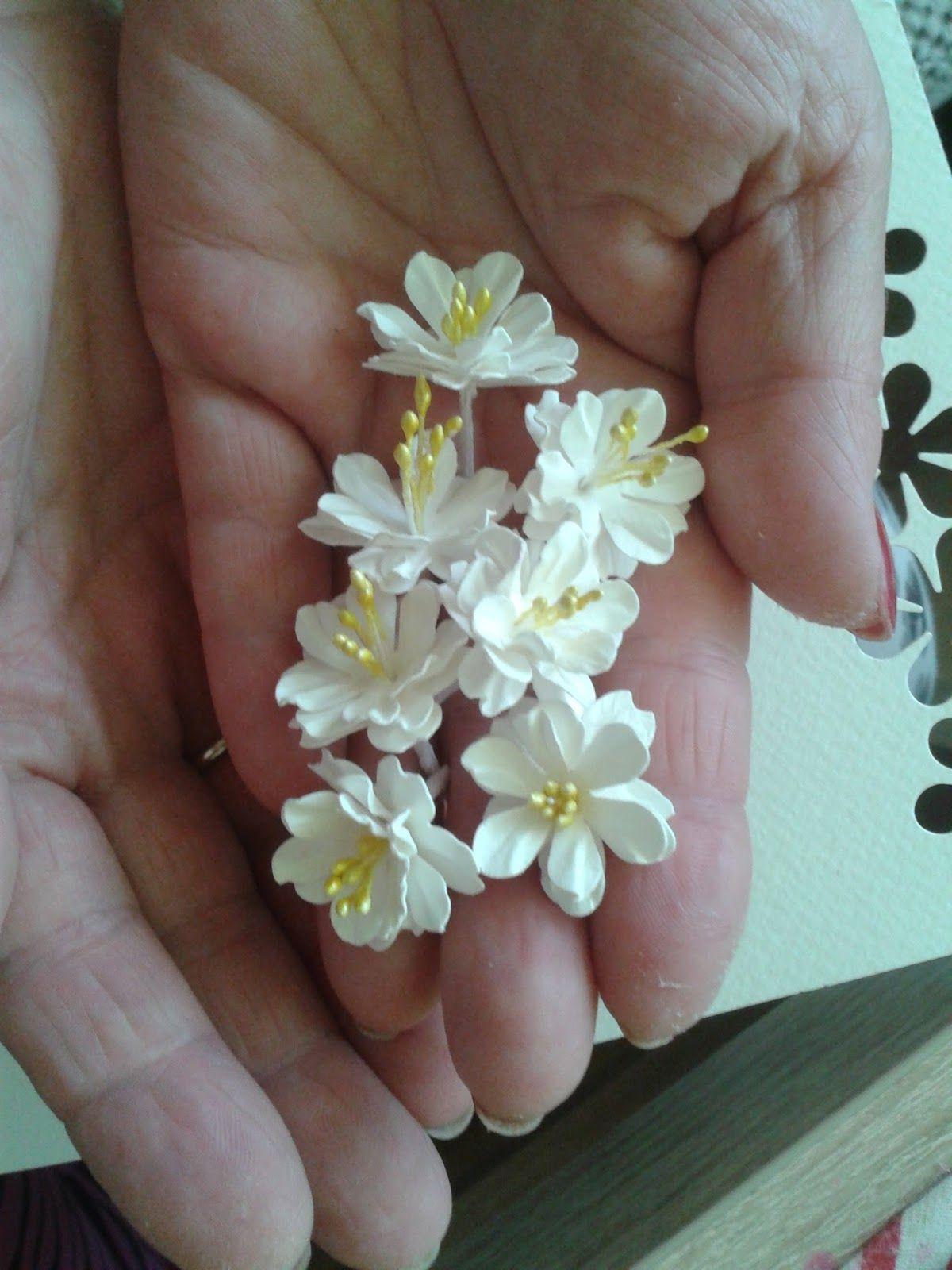 Papierowe Fantazje Ewqi Recznie Robione Kwiaty Z Papieru Paper Flower Template Paper Flowers Clay Flowers