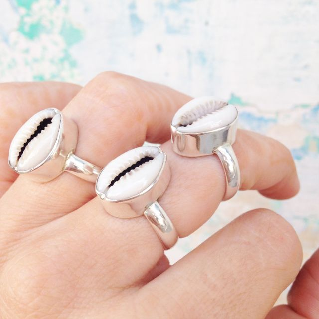 Cowrie shell ring. 92.5% sterling silver ♡ Shantique designs: Boho bohemian gypsy crystal gemstone jewels.