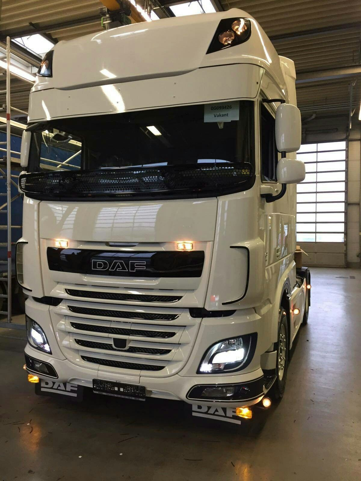 daf xf 106 trucks pinterest tractor semi trucks and. Black Bedroom Furniture Sets. Home Design Ideas