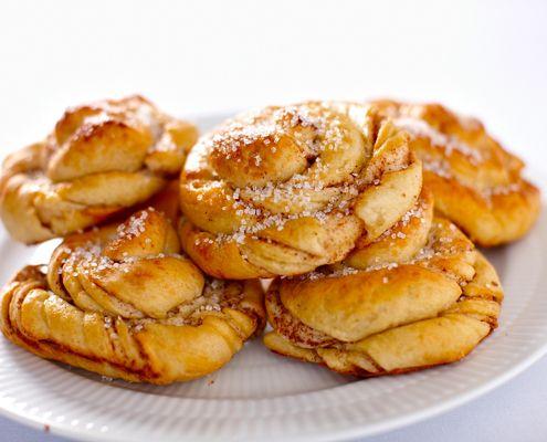 Swedish Cinnamon Buns Recipe Scandinavian Food Food Cinnamon Bun Recipe Recipes