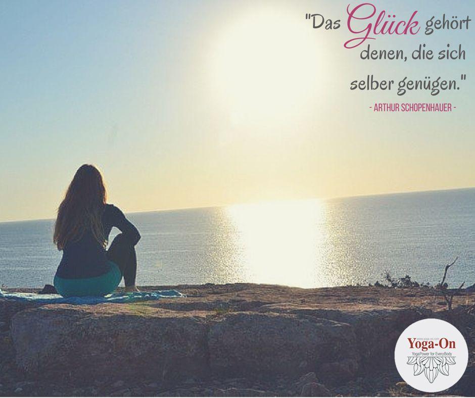 """""""Das Glück gehört denen, die sich selber genügen."""" (Arthur Schopenhauer)  #YogaOn #Glück #sichselbergenügen #Meer #Sunset #Entspannung #Formentera #Retreats #Asanas #Meditation #Yoga"""