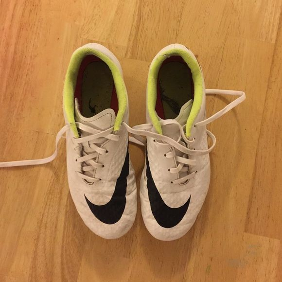 Boys Soccer Shoes Good Condition Nike Shoes Athletic Shoes
