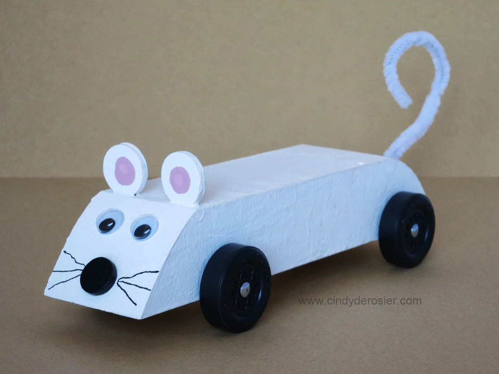 ahg pinewood derby mouse pinewood derby car great for the younger girls