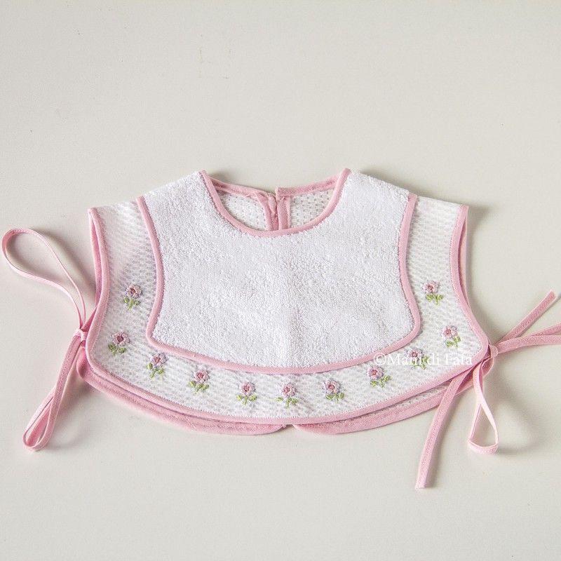 Bavetta corpetto ricamata a mano | baberos | Pinterest | Ropa bebe ...