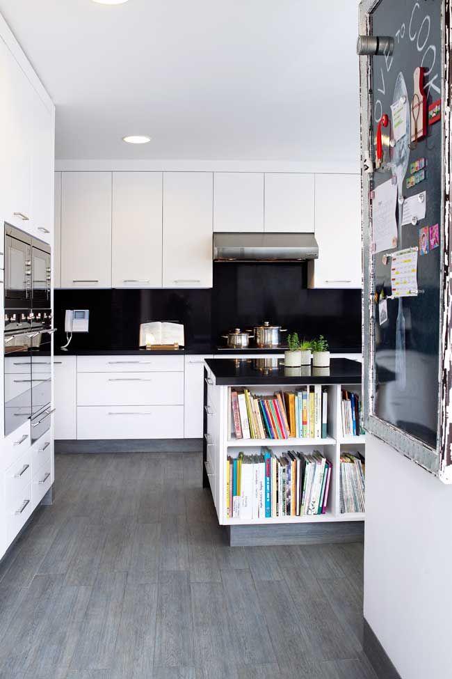 Isla con cajones y estantes para revistas Decoracion Pinterest