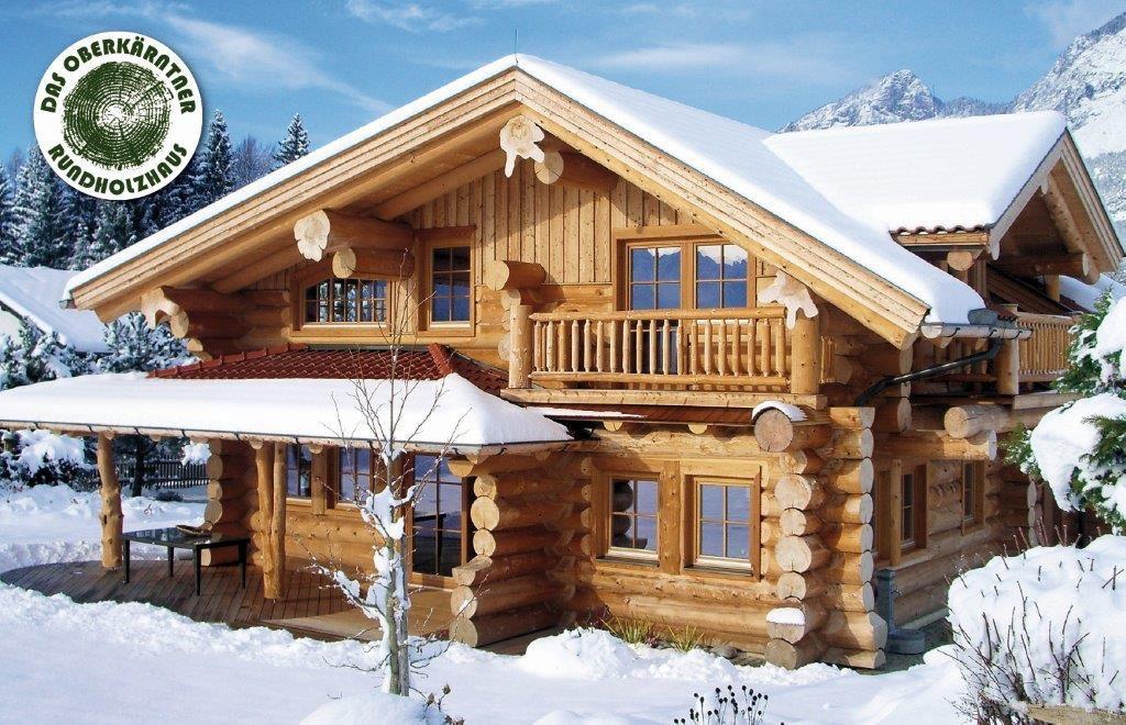 Ein Blockhaus im Schnee Winterträume werden wahr