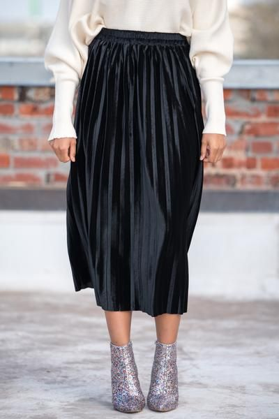 4600e70db9 Velvet pleated midi skirt IMS1909 black in 2019 | Moments to ...