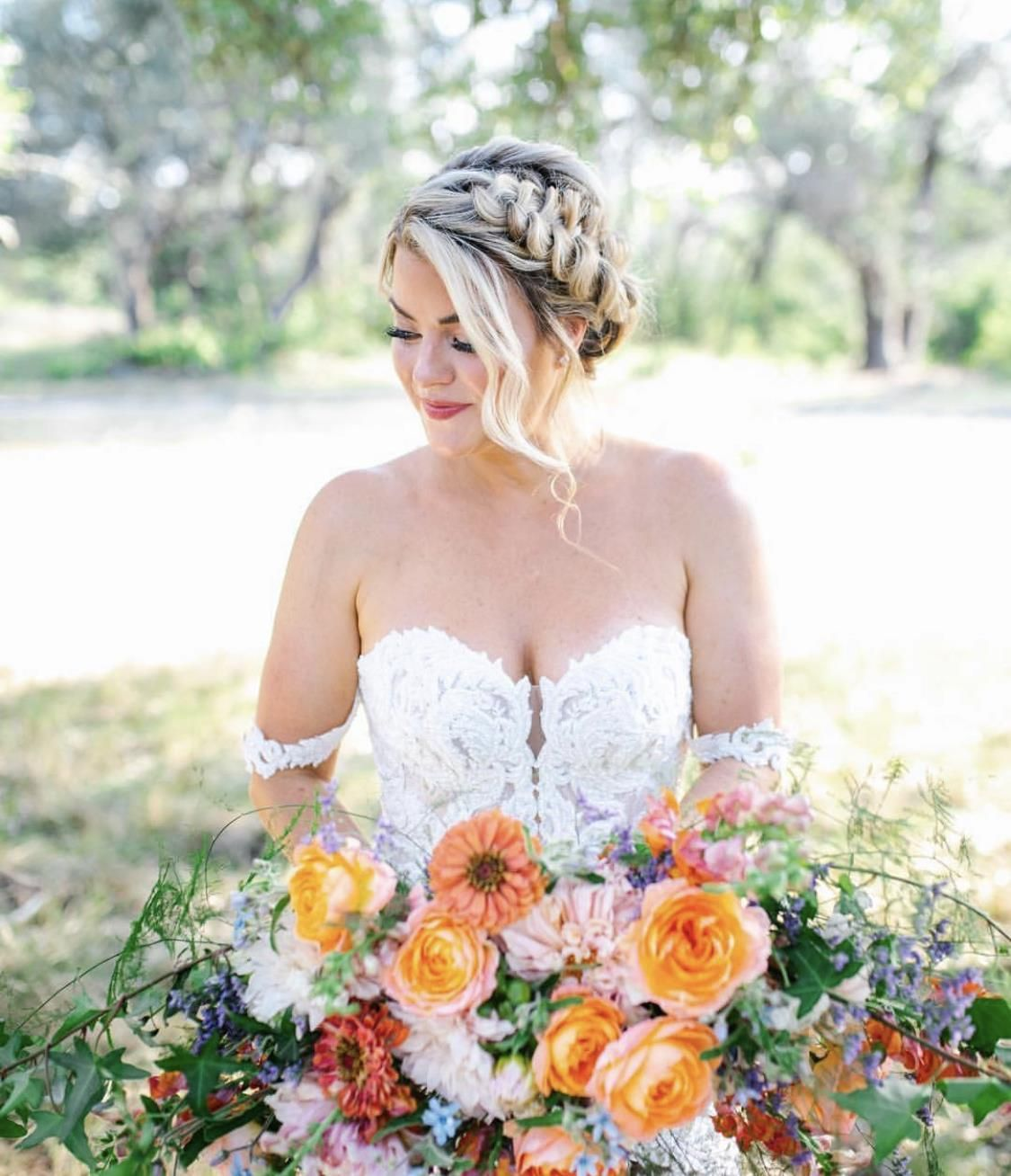 V Styling Salon In Austin Tx Vagaro Wedding Day Makeup