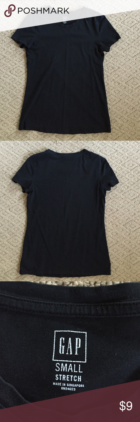 """⚡️SALE⚡️GAP Black Stretch T GAP stretch T-shirt in size Small. Not factory. Great condition. 95% cotton, 5% spandex. Approx 24"""" down center, 16"""" armpit to armpit. GAP Tops Tees - Short Sleeve"""