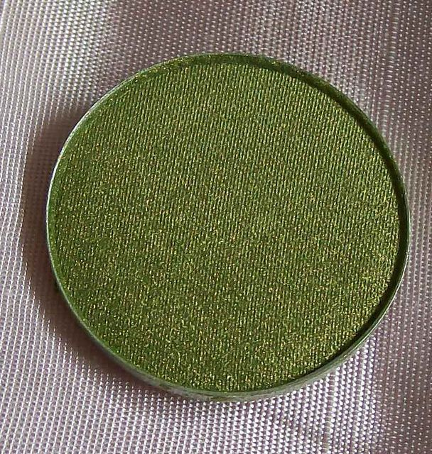 MAC Lucky Green eyeshadow pan refill for palette.