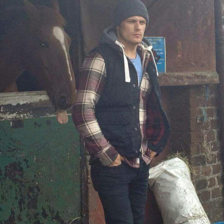 Love this! Look at the horse! : )