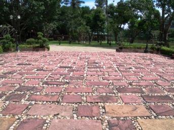 Cheap Landscaping Materials cheap patio tiles | cobbled patio area - garden landscape design