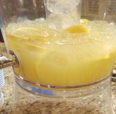 Aunt Peg's Recipe Box: Pineapple Lemonade Punch #lemonadepunch