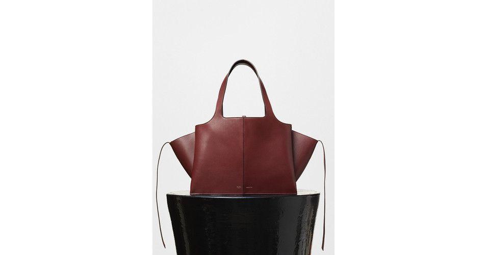 Medium Tri-Fold Shoulder Bag in Burgundy Supple Natural Calfskin