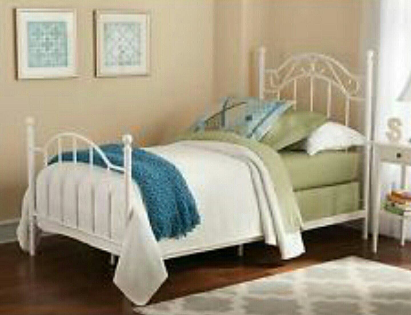 Pin by Natee Pinedo on Lindsay Room White bed frame