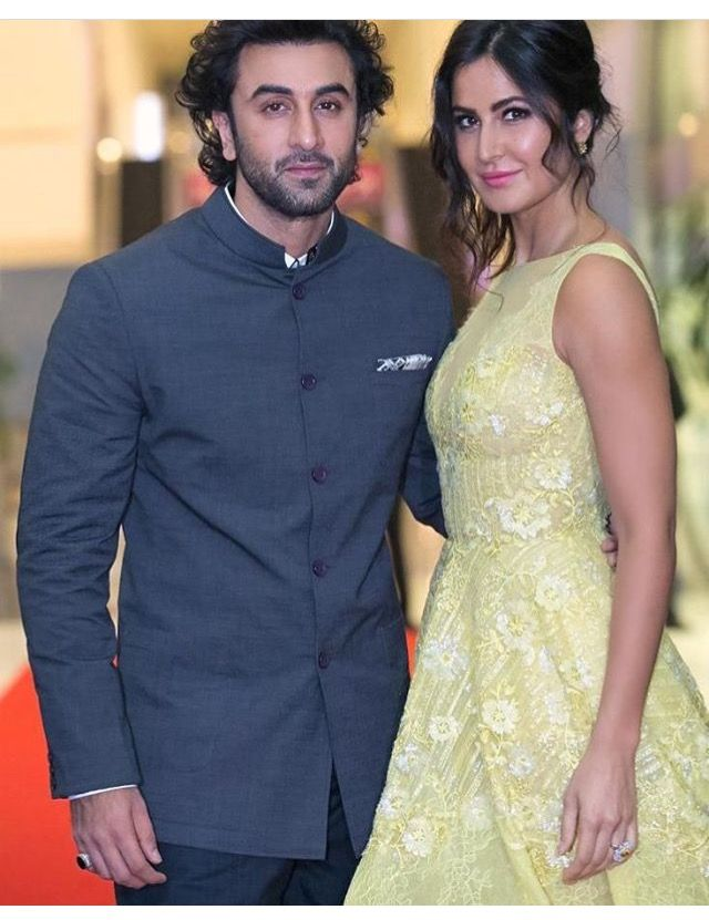 Ranbir Kapoor And Katrina Kaif Cute Celebrity Couples Bollywood Celebrities Katrina Kaif