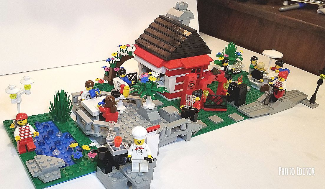 Cool item: MOC LEGO Outside park grill restaurant | legos