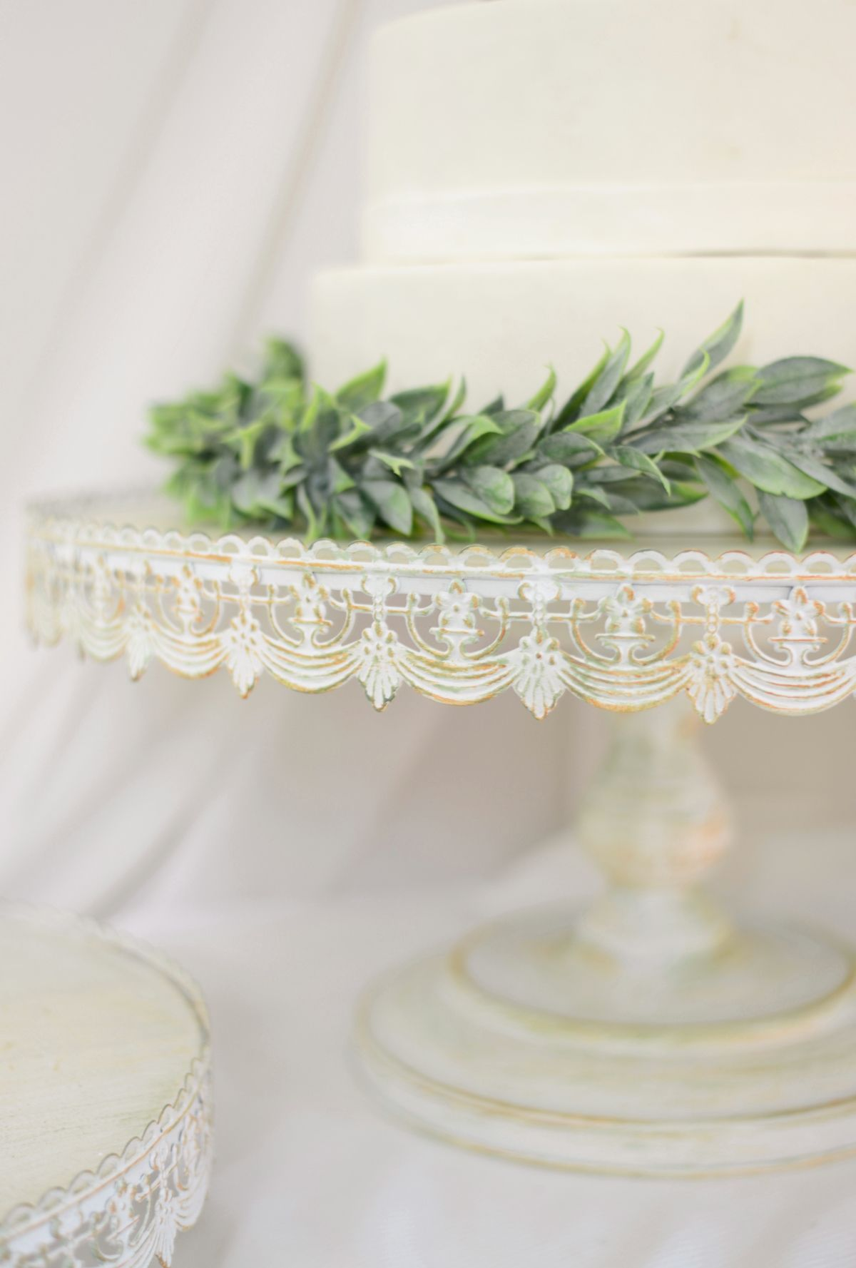 Vintage metal cake stand white in metal cake stand