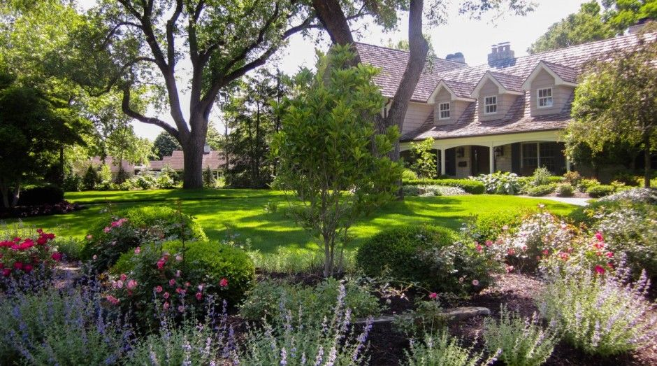 Big Backyard Landscaping Design Ideas … stunning landscaped lawn ...