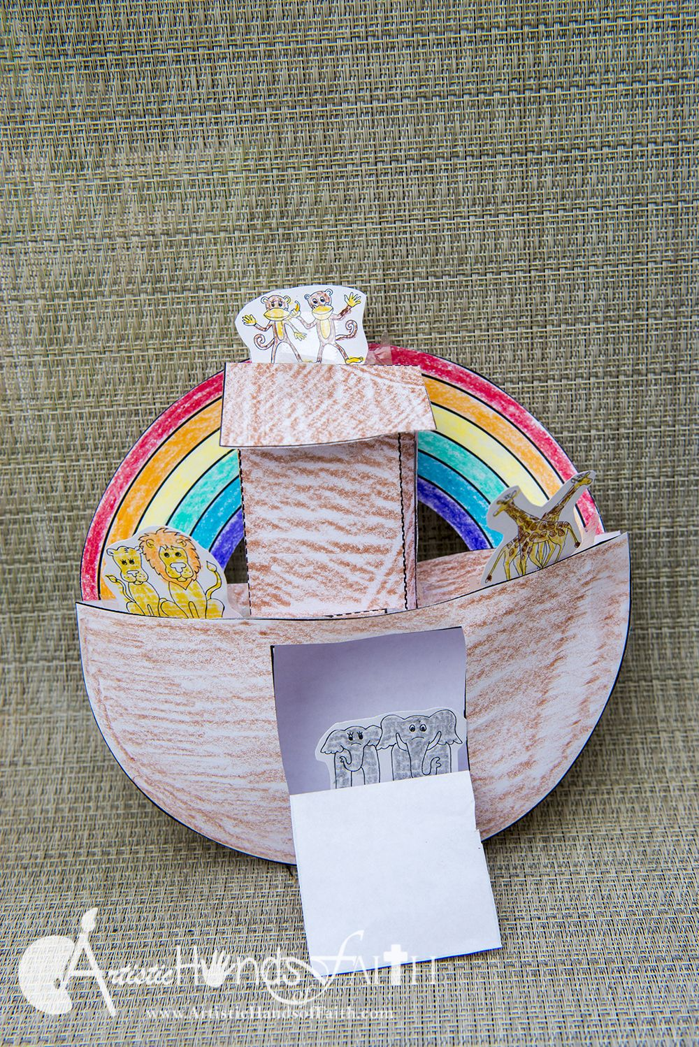 Noah's Ark Craft & Bible Lesson with FREE Printables at ...