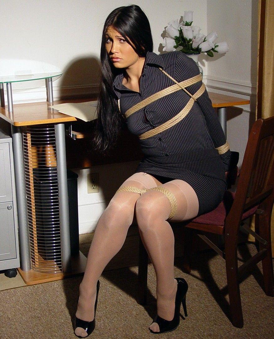 Nice Legs Just Bound Secrétaires Pinterest Attachés, Cravates Et Belles Jambes-8138