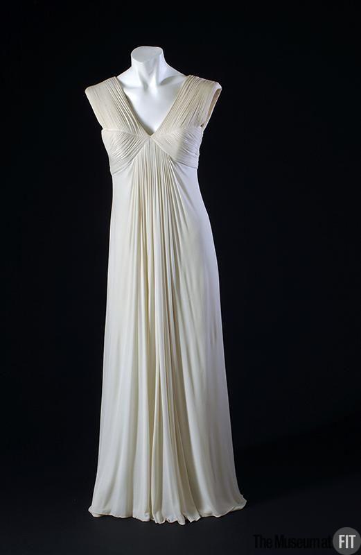 1944, France - Evening dress by Madame Grès - Off-white matte silk jersey