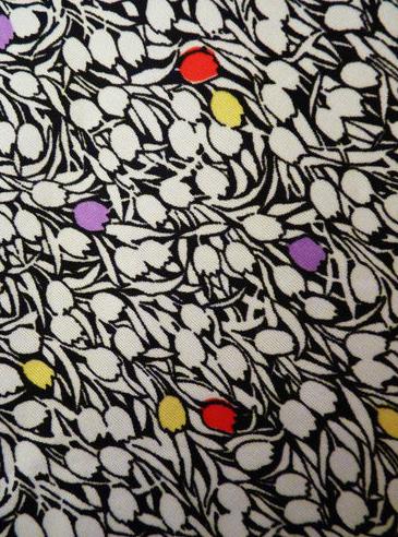 Cute Vintage Tulip Print