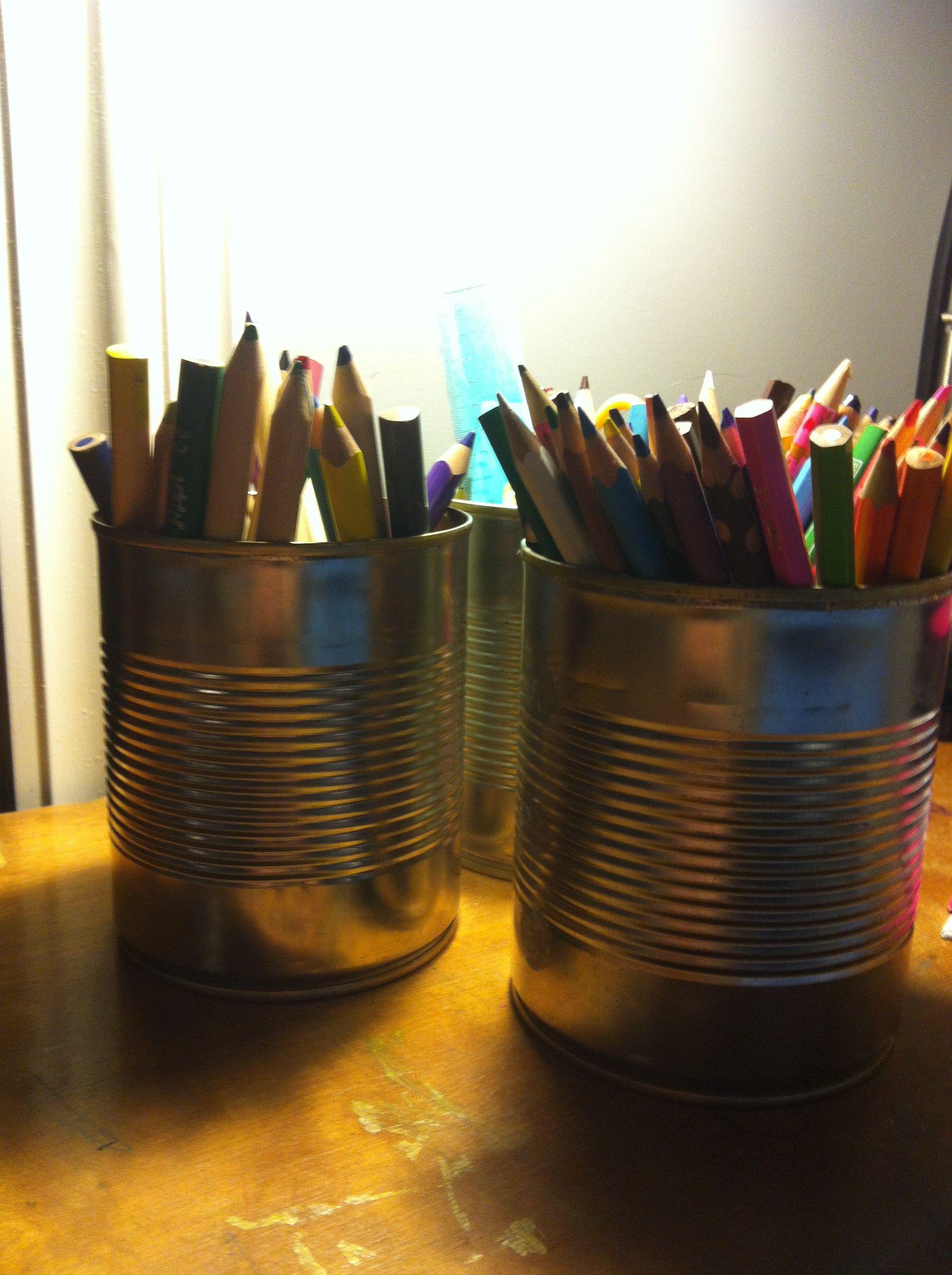 Hermetikkbokser til oppbevaring av fargeblyanter