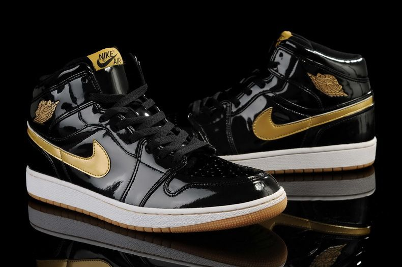 Air Jordan 1 Retro High OG Black Metallic Gold White Basketball Shoes