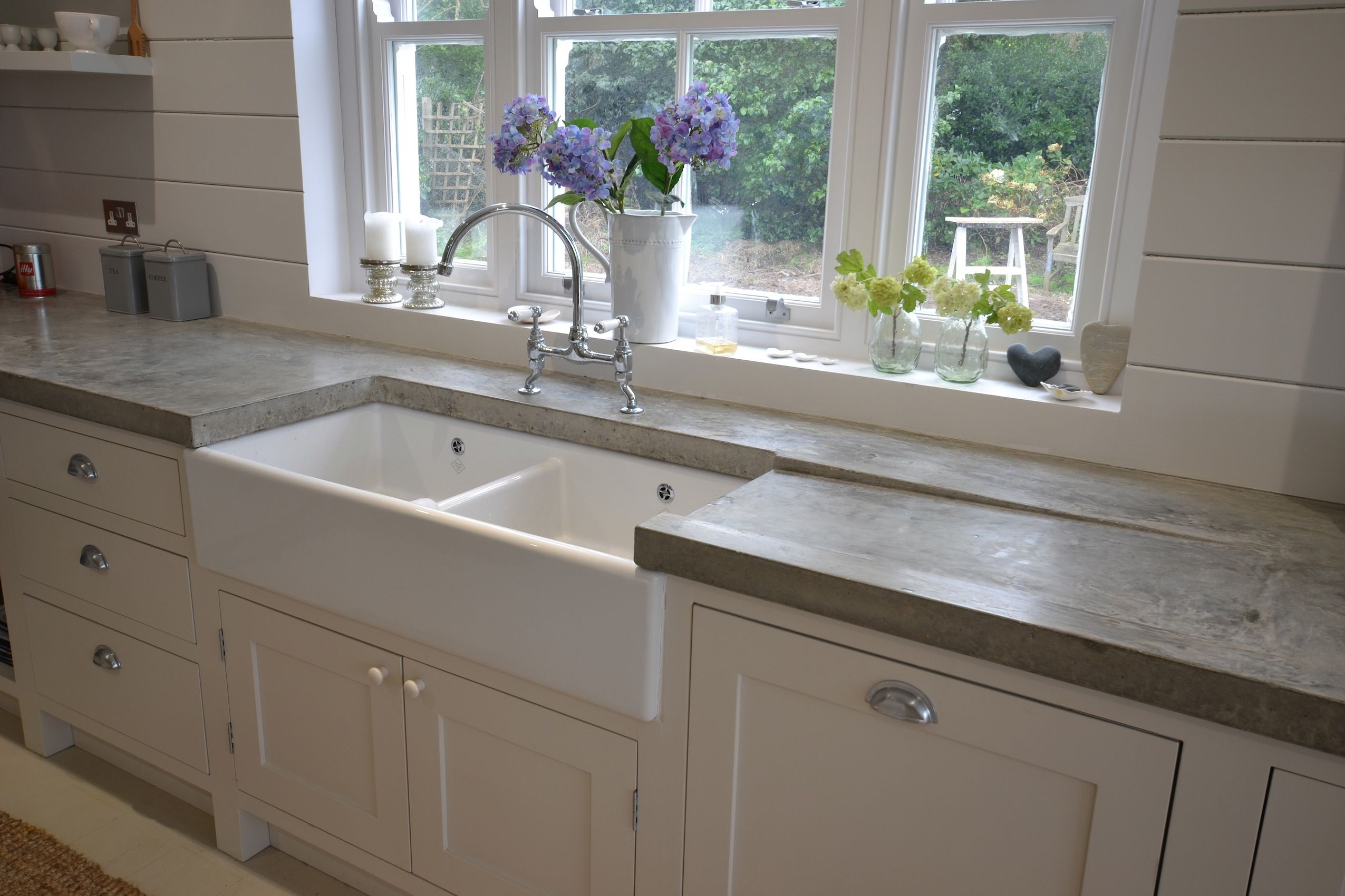 arnolds kitchens bespoke freestanding hand built kitchens. Black Bedroom Furniture Sets. Home Design Ideas
