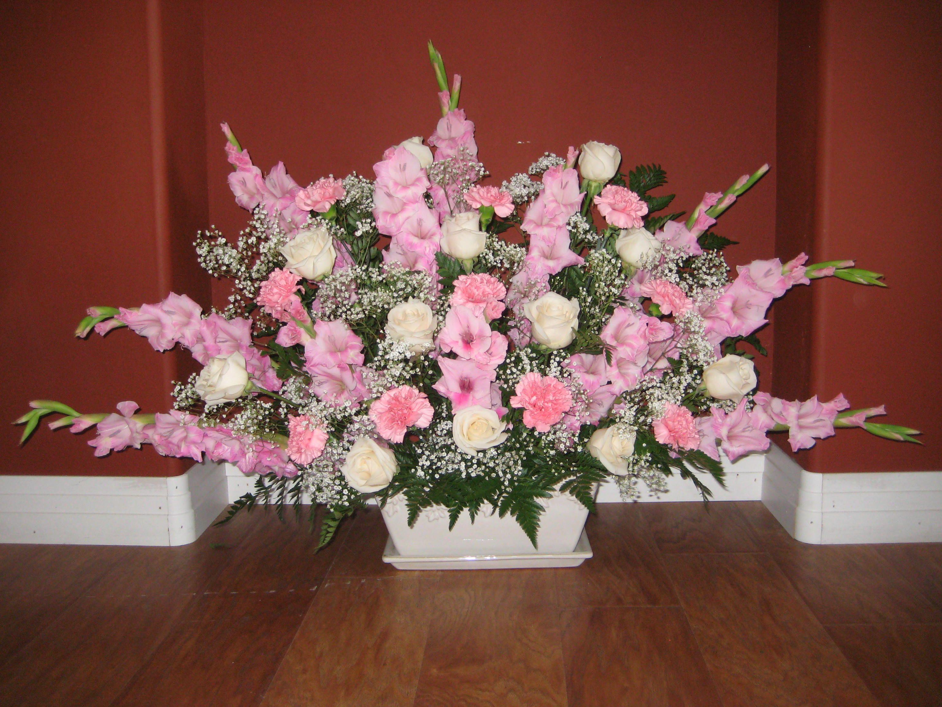 Large Bouquet Of Pink Gladiolas Pink Carnations Cream Roses Baby S Breath This Was A Celebra Funeral Arrangements Flower Arrangements Floral Arrangements