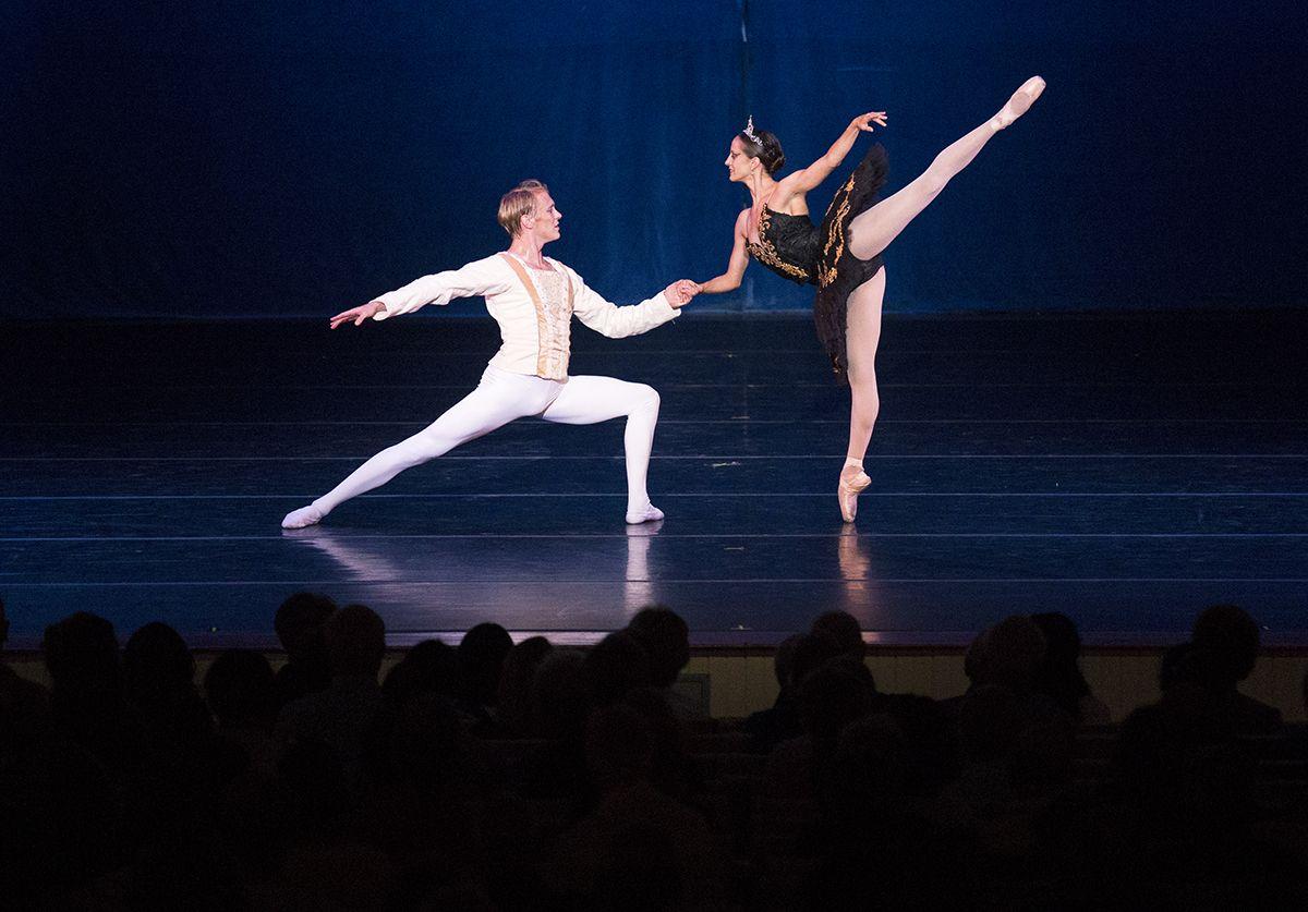 ballet pas de deux Google Search Ballet, Concert