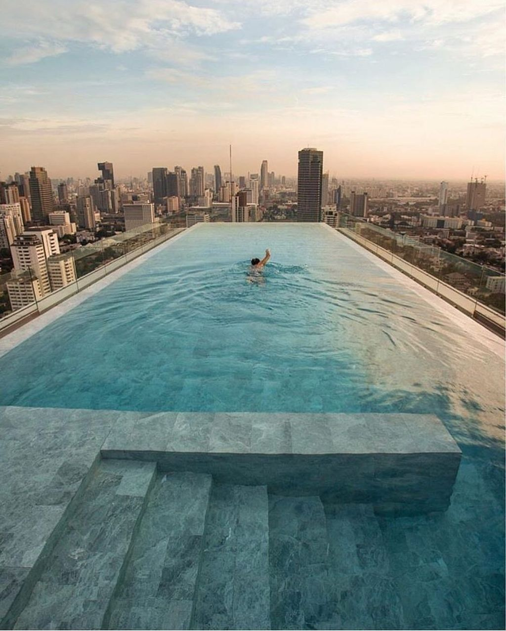 Most Amazing Rooftop Pools That You Must Jump In At Least Once09 In 2020 Hotel Swimming Pool Rooftop Pool Pool City