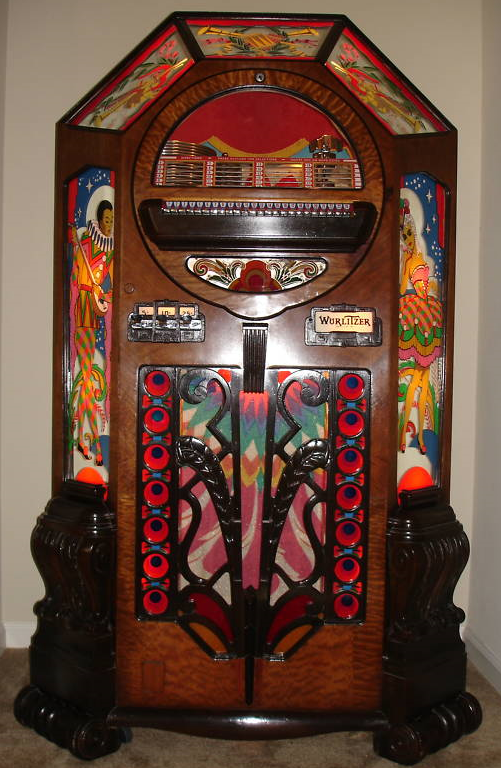Antique 1942 Wurlitzer model 42-500 Victory Jukebox | Vintage