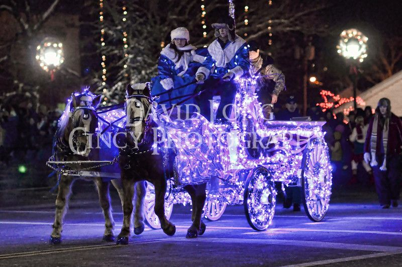 Lebanon horse drawn carriage parade photos with images